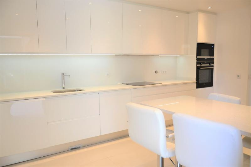 Available Immediately! Modern City 2 Bedroom Apartment